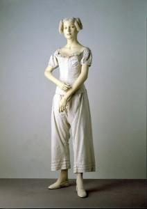 Unterwäsche um 1834 im Victorian & Albert Museum, London
