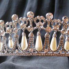 kronjuwelperlen