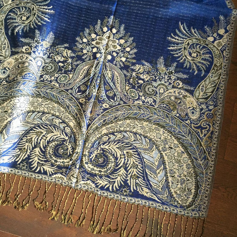 paisley shawl blue
